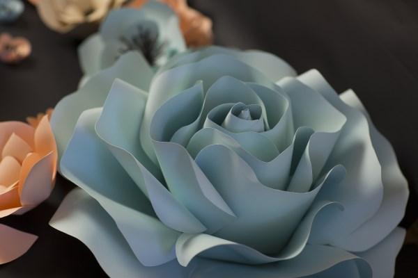 papírvirág rózsa