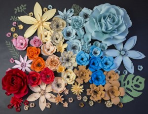 színes virágfal